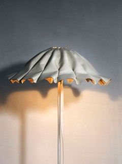 Lude vloerlamp - wit by Piet Boon
