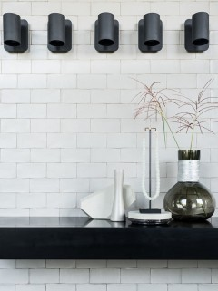 TRIBE Wall LED - brons by Piet Boon